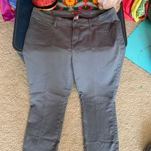 CB Jeans Gray Stretch Straight Leg Size 16